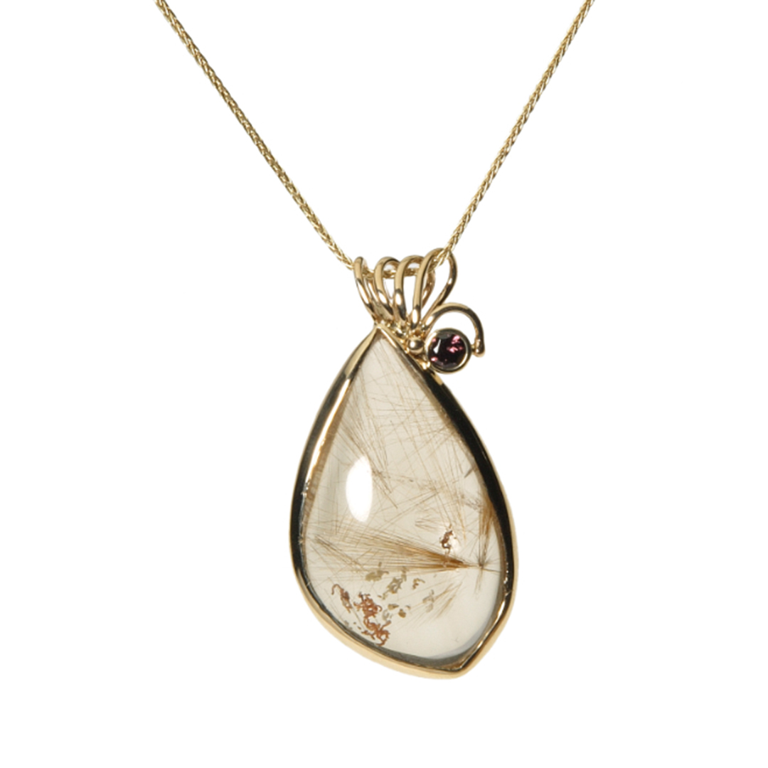StiKora's Fine Line Pendant necklace